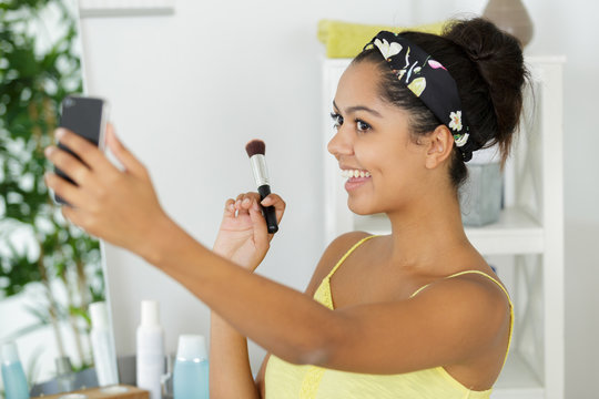 beauty woman doing a selfie