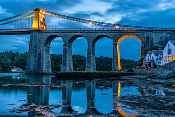 Night view of Menai Bridge Fototapete
