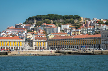 Lissabon by sea