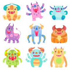 Photo sur Aluminium Creatures Cute Friendly Monsters with Horns, Friendly Funny Aliens Cartoon Characters Fantastic Creatures Vector Illustration