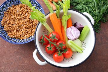 soffritto verdure fresche carote sedano cipolla
