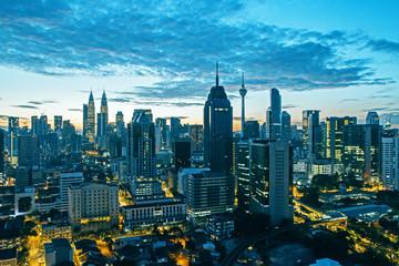 Fototapete - Dusk Kuala Lumpur city background