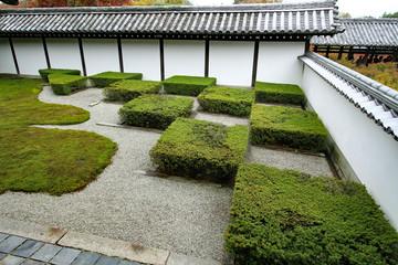 tofuku-ji templel moss japanese garden in kyoto