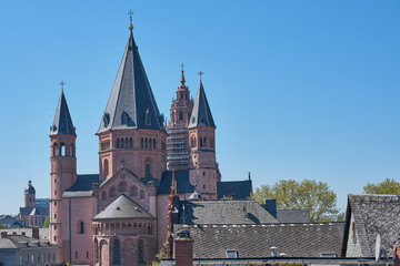 The St. Martins Cathedral, Dom of Mainz, Germany, horizontal color picture on a cloudless day