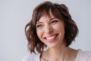 Natural beauty portrait of smiling woman