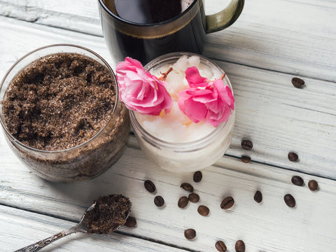 homemade coffee scrub with sugar and coconut oil