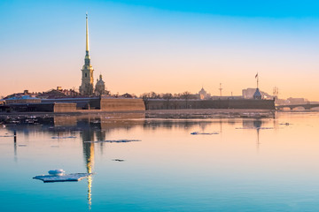 Saint-Petersburg. Russia. View Peter and Paul fortress in early spring. Melting ice on the Neva river. Ice drift in St. Petersburg. Early morning Petersburg. Museums of Russia. Petersburg embankments. Fototapete
