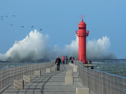 tempête phare boulogne sur mer