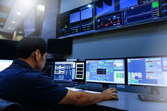 Engineer looking to work in the electrical control room