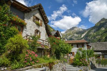 Wall Mural - Mediaval village of Sonogno at the end of Val Verzasca in Switzerland