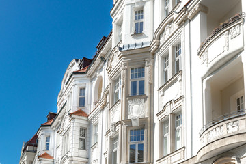 Garden Poster Old building hochwertige Altbauten, sanierte Gründerzeithäuser