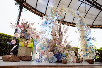 Fresh flowers in a wedding decoration.