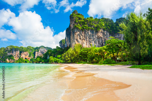 Fototapete Clear water beach in Thailand