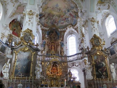 Barocke Pracht in der Klosterkirche Andechs