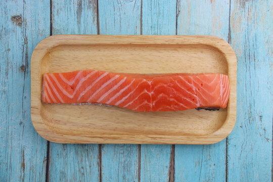 Darne de saumon cru