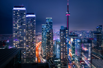 Photo sur Plexiglas Toronto Entire futuristic city skyline view of downtown Toronto Canada. Modern buildings, urban architecture, cars travelling. construction and development in a busy city