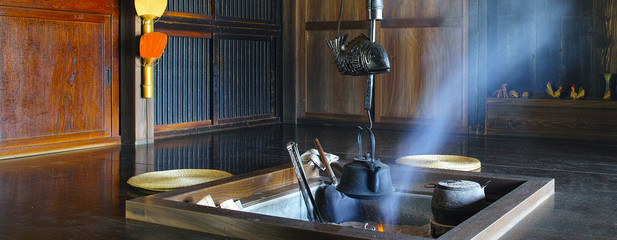 日本の古民家の囲炉裏
