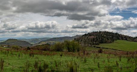 panorama des monts d'Auvergne