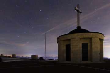 Foto op Plexiglas Lavendel Monument with starry sky as a background