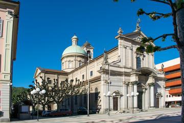 Fototapete - Chiasso - Chiesa parrocchiale di San Vitale