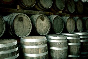 Fototapete - Pile of wine barrels