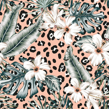 Tropical hibiscus flowers, monstera palm leaves bouquets, animal print pink background. Vector seamless pattern. Jungle foliage illustration. Exotic plants. Summer beach floral design. Paradise nature