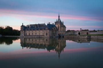 Château de Chantilly au soleil couchant