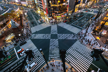 Fototapete - Aerial view of intersection in Ginza, Tokyo, Japan at night.