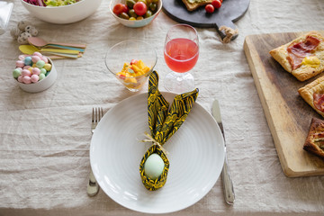 Eater table setting
