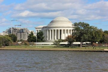 Foto op Canvas Kersenbloesem Jefferson Memorial exterior view across tidal basin
