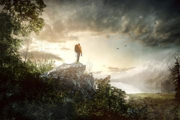 Wanderer in idyllischer Landschaft