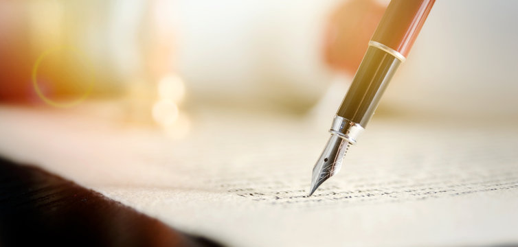 Notary or attorney signs legal contract