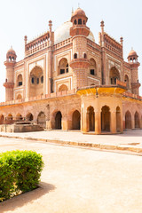 Autocollant pour porte Delhi Beautiful Safdarjung's Tomb, sandstone and marble mausoleum in New Delhi, India