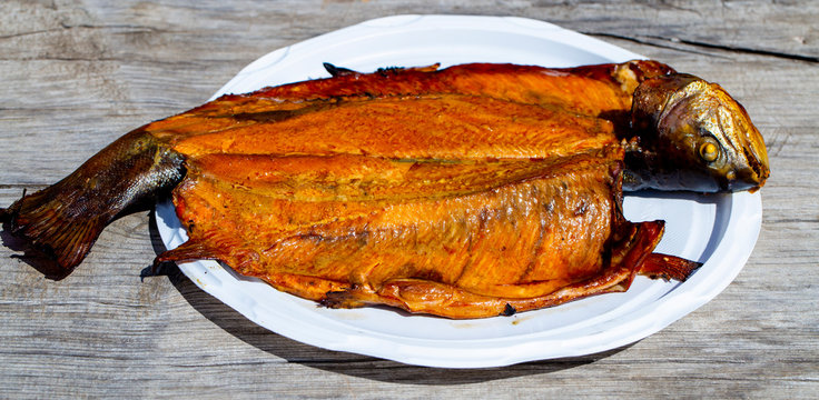 smoked trout, smoked fish on a plate