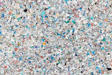 Oberfläche aus recycelten Kunststoff-Pellets