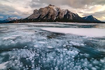 Ice Bubble Abraham Lake, Banff, Alberta, Canada Fotomurales