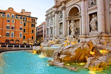 Photo sur Aluminium Rome The iconic Trevi Fountain at dusk, Rome, Italy