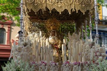 Fototapete - Semana santa de Sevilla, Virgen de la esperanza de Triana