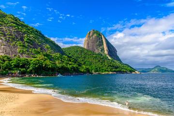 Mountain Sugarloaf and Red beach in Rio de Janeiro, Brazil. Fototapete