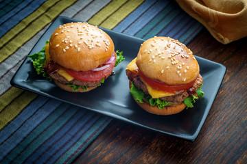 Rustic Moody Cheeseburger Sliders