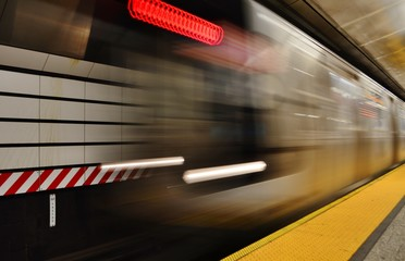 MTA Subway Train Arrival New York Fifth Avenue Station