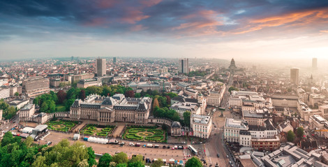 Keuken foto achterwand Brussel Panoramic aerial view of the Royal Palace Brussels, Belgium