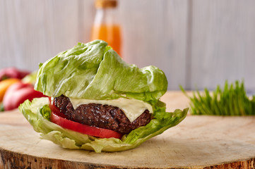 medium roast beef hamburger with salad, without buns