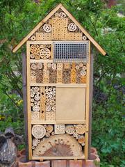 Insektenhotel - Unterschlupf für viele Nützlinge