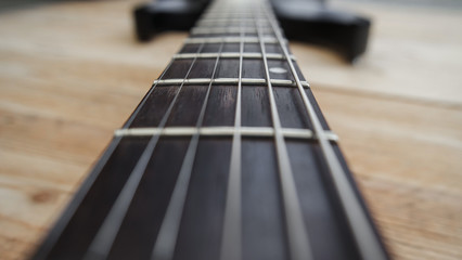 E-Gitarre Hals Bünde Nahaufnahme Saiten