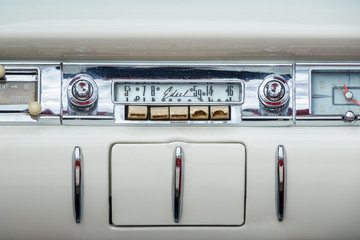 Classic old radio in a Ford Edsel
