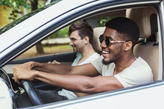 Millennials friends in car