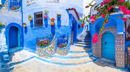 In de dag Marokko Amazing street and architecture of Chefchaouen, Morocco, North Africa