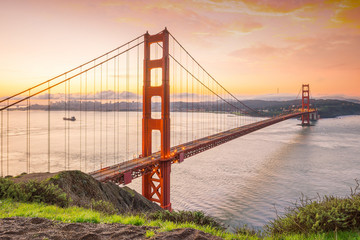 Wall Mural - Famous Golden Gate Bridge, San Francisco at sunset