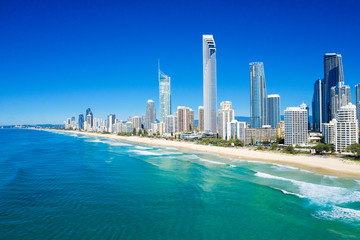 Tuinposter Kust Sunny view of Surfers Paradise on the Gold Coast looking from the North